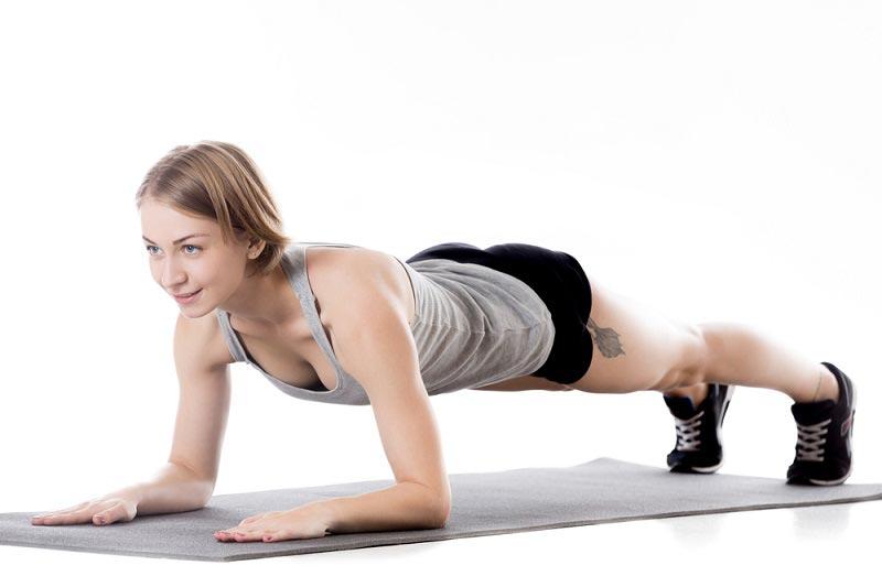 упражнения для талии планка на локтях