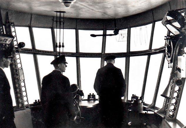 Гинденбург цеппелин Hindenburg zeppelin комната управления control room