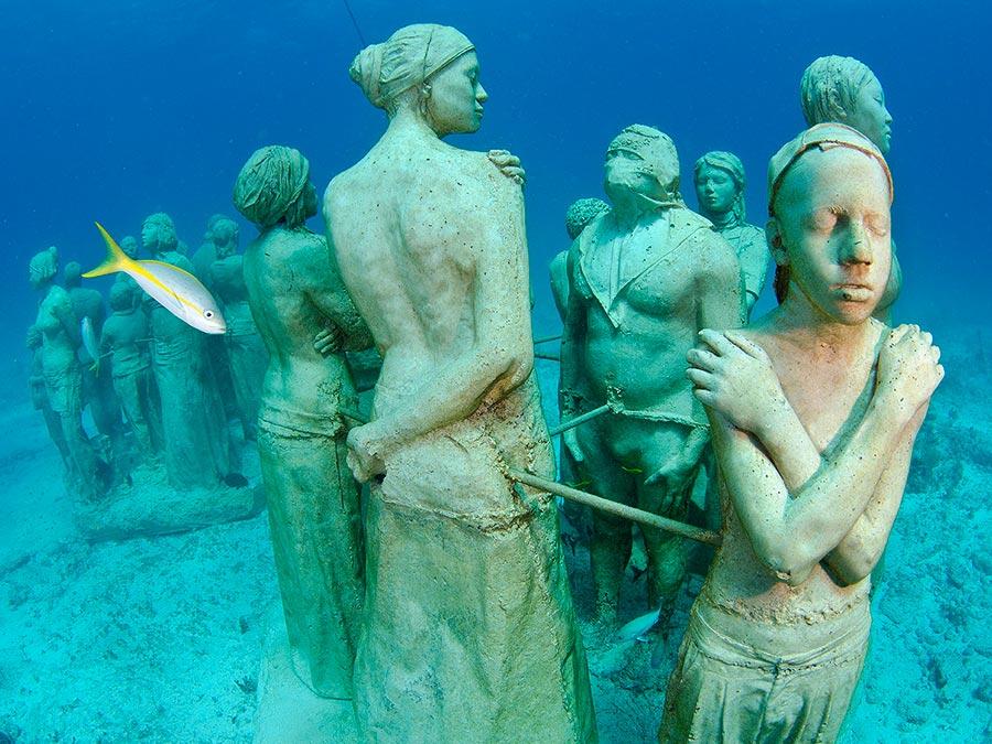 интересные подводные достопримечательности мира Музей подводных скульптур Мексика