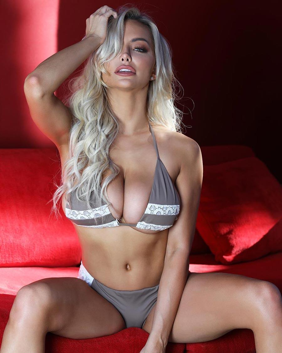модель Линдси Пелас model Lindsey Pelas