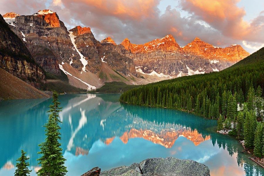 природа восхитительно красочна Канада