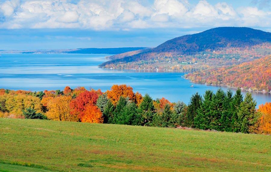 места где хорошее вино озера Фингер штат Нью-Йорк США the Finger lakes state of New York USA