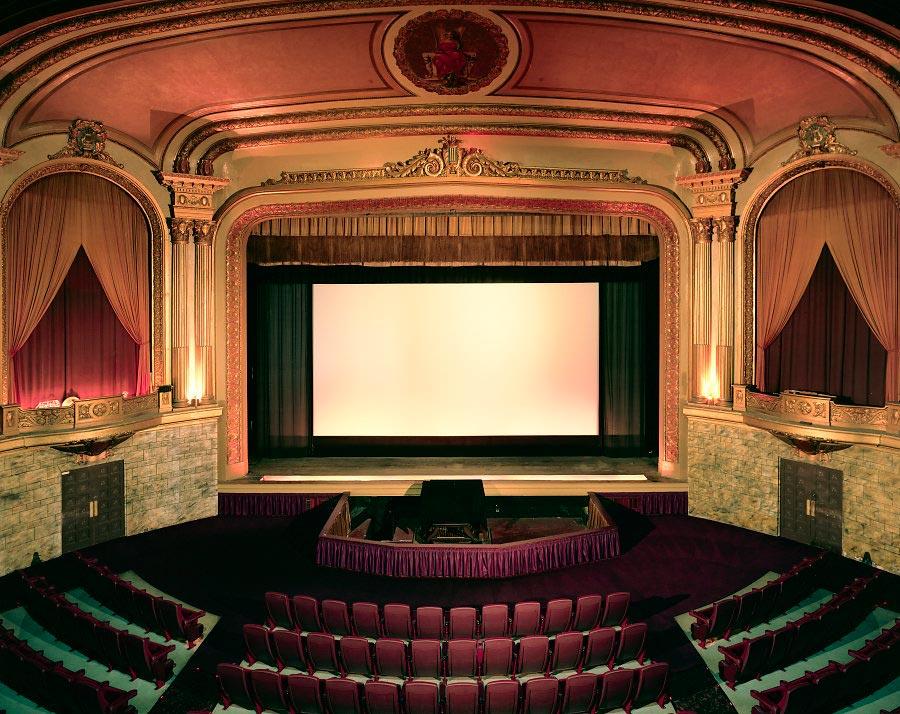 фото-проект Стефан Заубитцер: исчезающие кинотеатры мира США