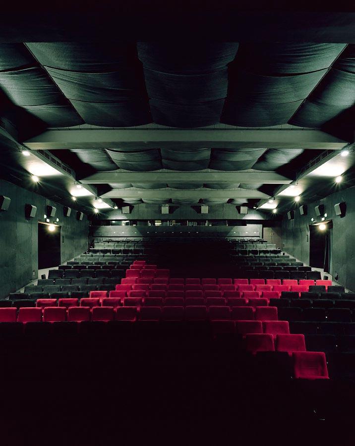 фото-проект Стефан Заубитцер: исчезающие кинотеатры мира Чехия