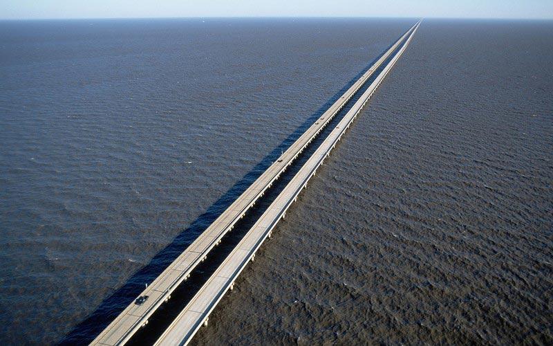 страшные мосты в мире Мост-дамба через озеро Пончартрейн Луизиана США USA