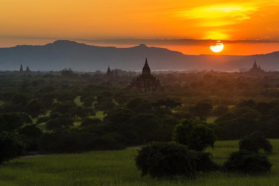 теплые места Баган Мьянма