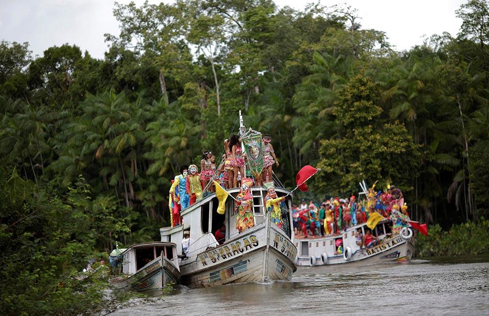 Bloco Ultima Hora карнавал Вод река Tentem Cameta Бразилия