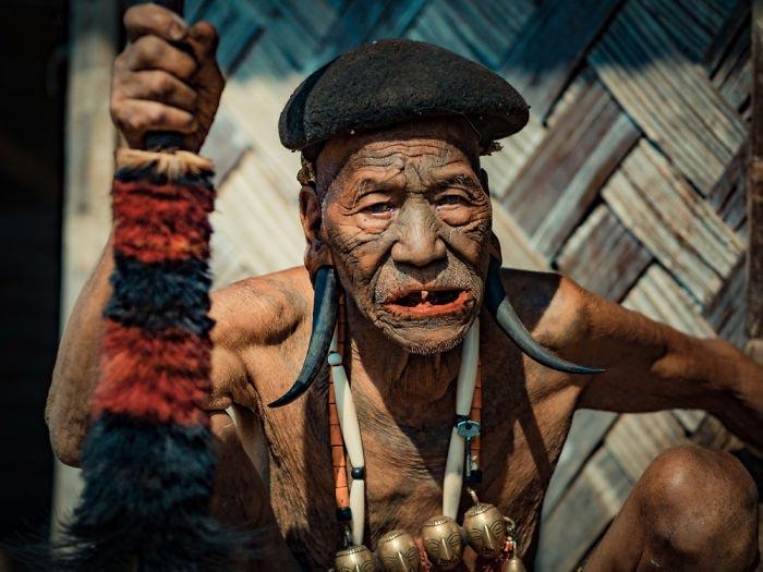 Охотники за головами племени Коньяк Konyak Tribe