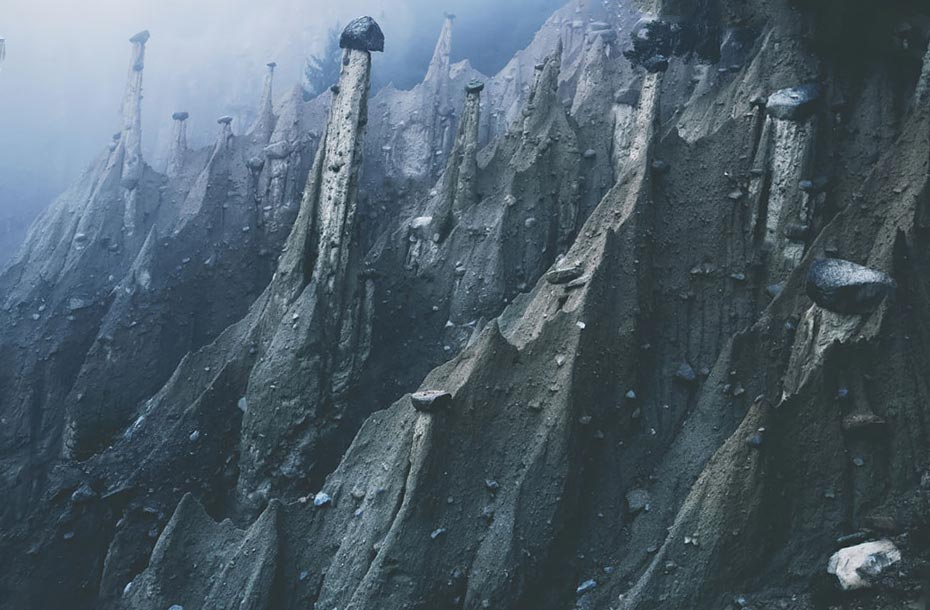 Килиан Шенбергер Kilian Schönberger природные скульптуры земные пирамиды otherworld