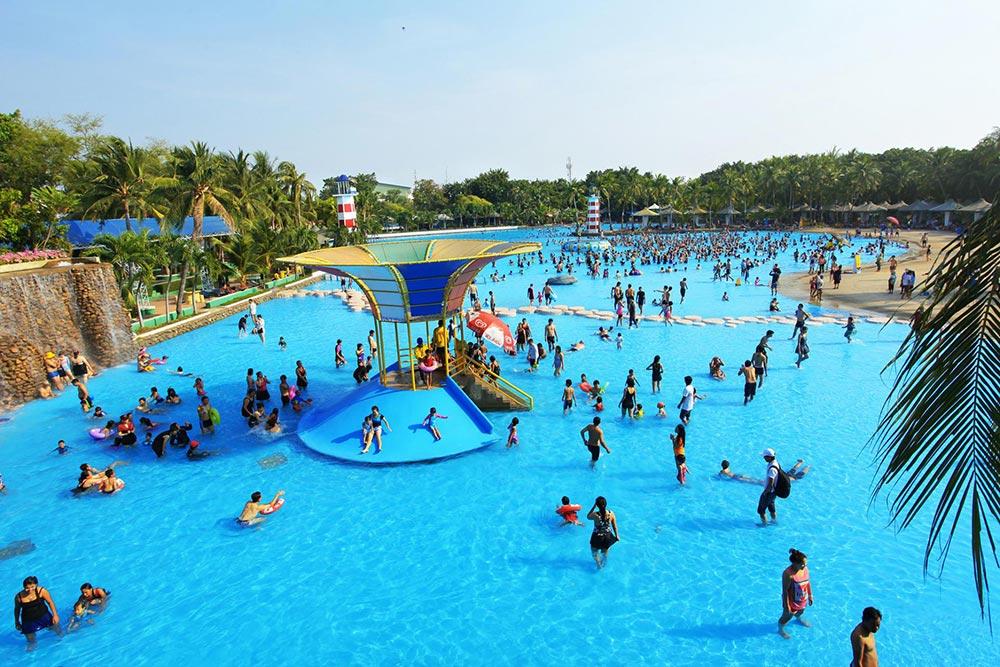 Крупнейший волновой бассейн под открытым небом Сиам Парк Сити Бангкок