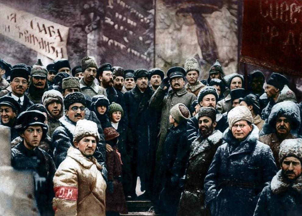 История России фото Владимир Ленин вторая годовщина Октябрьской революции Красная площадь Москва