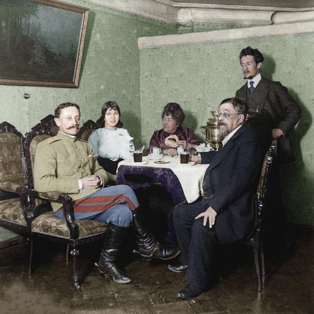 История России фото Семейное чаепитие