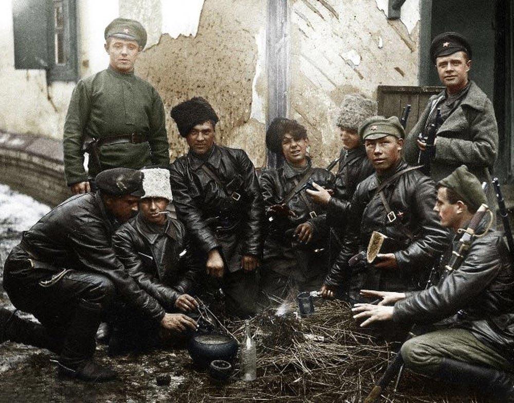 История России фото Красноармейцы