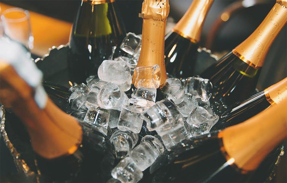 продукты можно хранить в морозилке Вино и шампанское