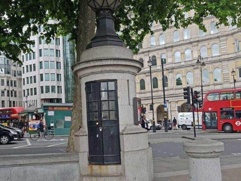 Тайные комнаты Трафальгарская площадь Лондон Англия