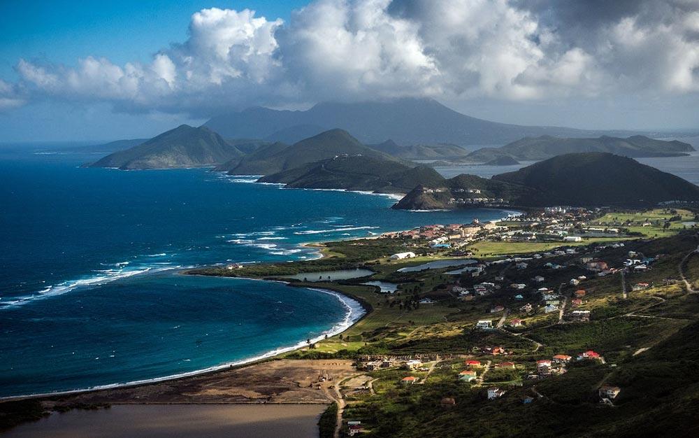 крошечные места Сент-Китс и Невис