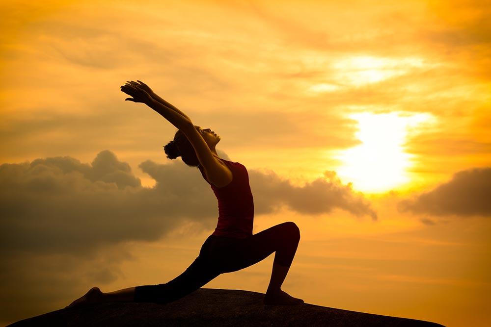 Медитация и асана — главные компоненты осознанности