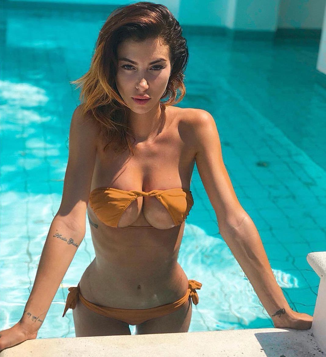 модель Валентина Фрадеграда model Valentina Fradegrada