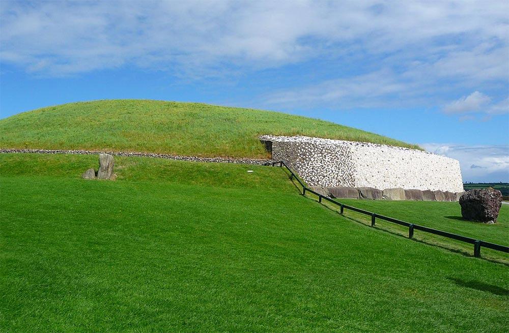 мифические места Ньюгранж Ирландия
