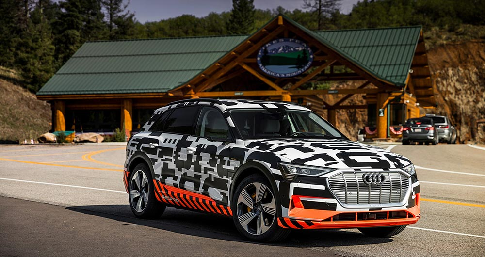 интересные новинки Электрокар: Audi E-Tron