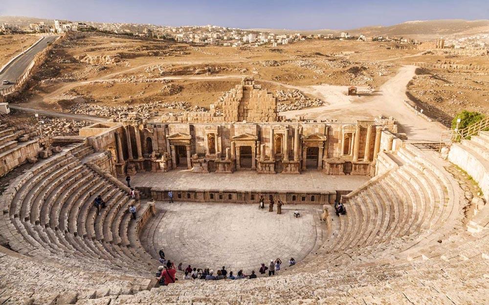 Иордания культовые места амфитеатр в Аммане