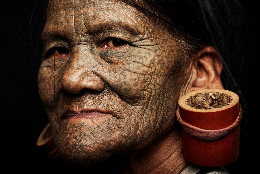 Исчезающие племена Африки и Азии Племя Чин Chin Бирма