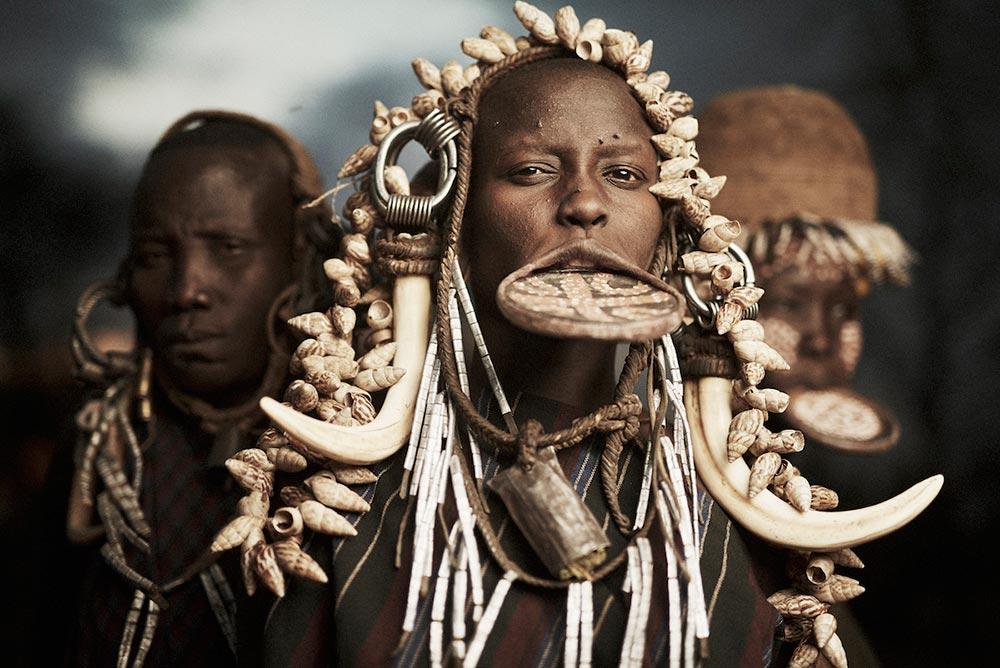 Исчезающие племена Африки и Азии Племя Мурси Mursi Эфиопия