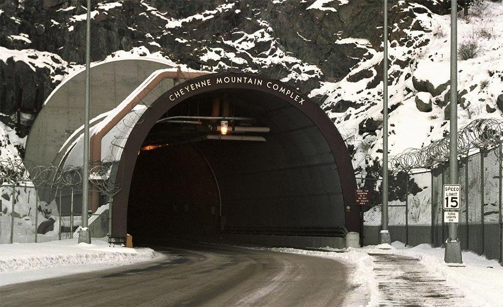 Запрещенные места для посещения на Земле звездные врата гора Шайенн