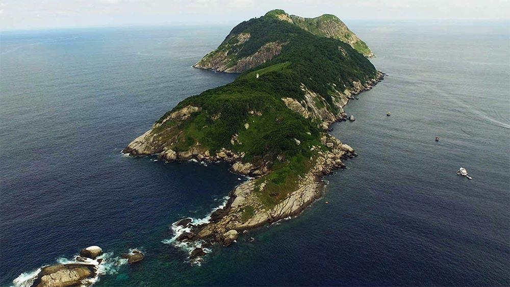 Запрещенные места для посещения на Земле змеиный остров Бразилия