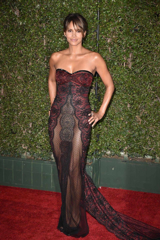 самые откровенные платья знаменитостей Холли Берри
