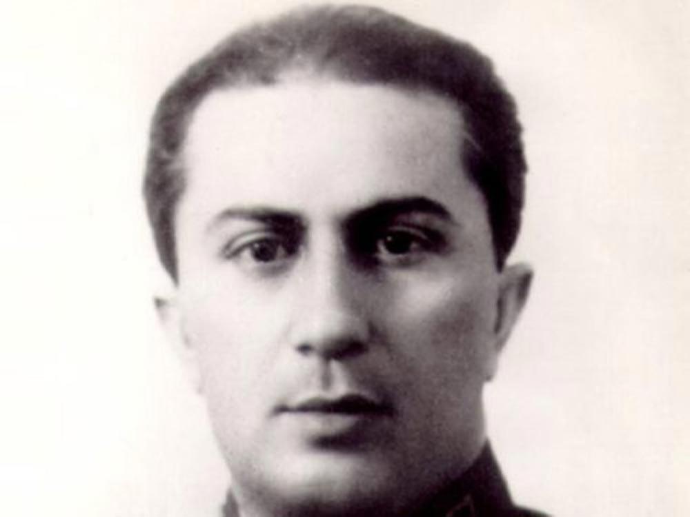 Дети Иосифа Сталина трагические истории Яков Сталин