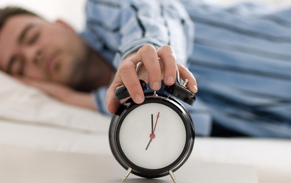 Как лучше спать ночью необычные способы режим