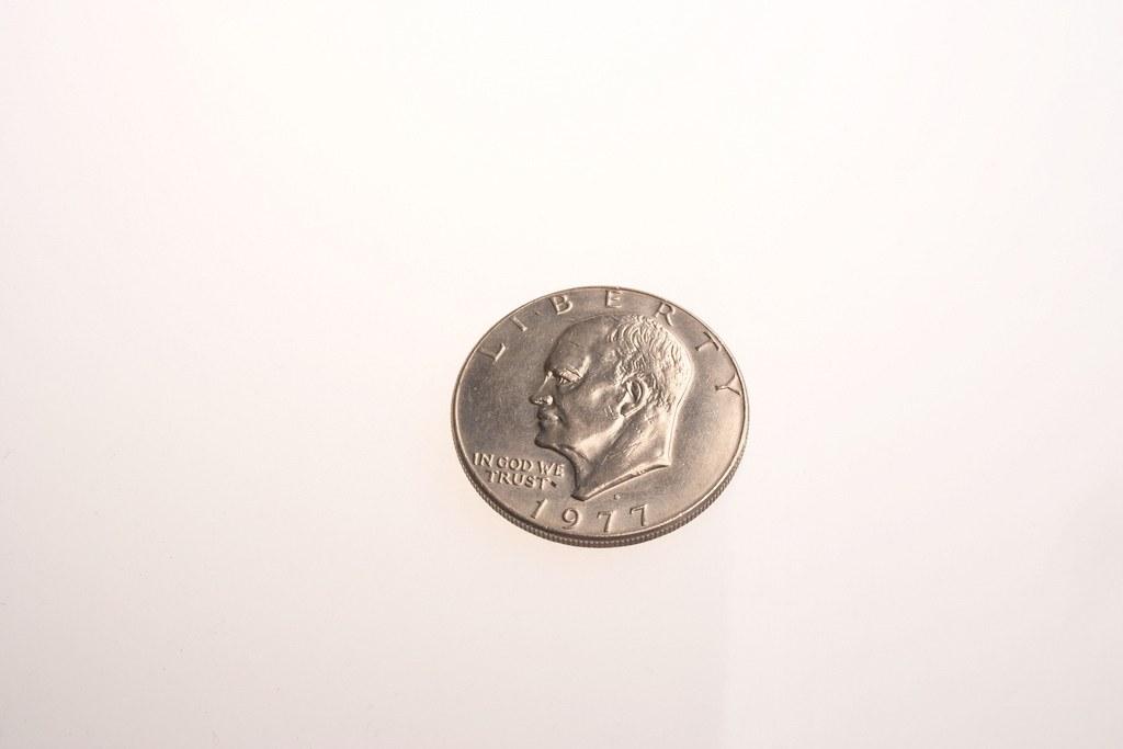 высокотехнологичные шпионские гаджеты Полая монета