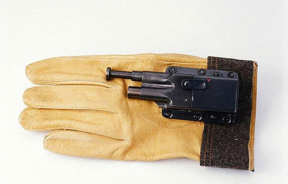 высокотехнологичные шпионские гаджеты Перчаточный пистолет Sedgley OSS.38